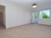 Parduodame 3 kambarių butą Didlaukio g.