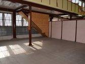 Vilniuje, statybinių medžiagų prekybos centre