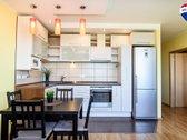 Parduodamas erdvus ir šviesus 2 kambarių