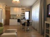 Pilnai įrengtas šviesus gyvenamosios paskirties 2 kambarių butas su lodžija naujos statybos mūriniame daugiabutyje ramioje vietoje...