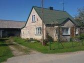 Kompaktiškas mūrinis namas Pajomančio kaime
