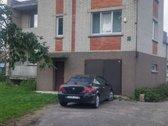 Namas labai ramioje gatveje.salia Zeimiu