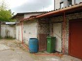 Mūrinis garažas netoli Prisikėlimo bažnyčios,