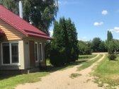 Parduodamas rąstinis namas su 30 arų namų