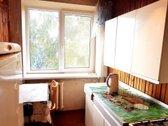 Parduodamas 1 kambario butas su įstiklintu