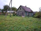 Parduodamas medinis namas 24 kv/m, su 37 arų