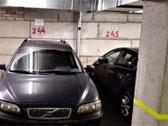 Parduodama vieta požeminėje automobilių