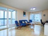 Parduodamas erdvus 2 kambarių butas su visais
