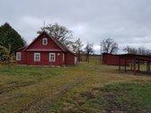 Renovuota kaimo sodyba. 60 arų namų valdos