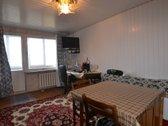 Parduodamas trijų nepereinamų kambarių butas