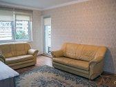 Išnuomojamas erdvus 3 atskirų kambarių butas